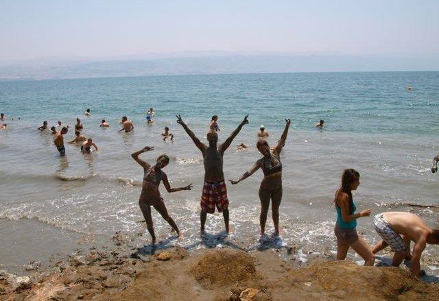 Dead sea mudders