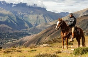 horse riding sacred valley