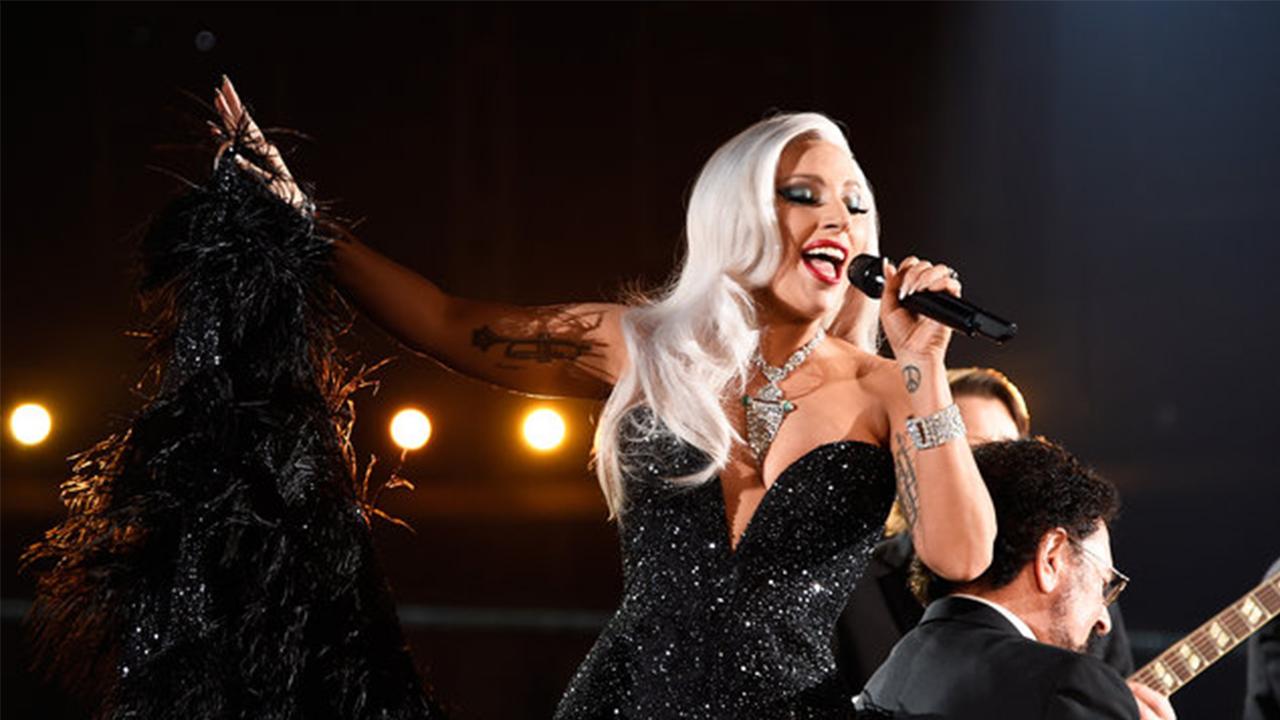 Lady Gaga Singing